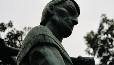 Fort Nashborough Statue