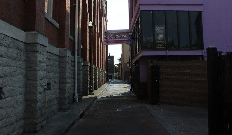 Tootsie's Alley