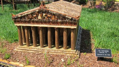 Parthenon Model Train